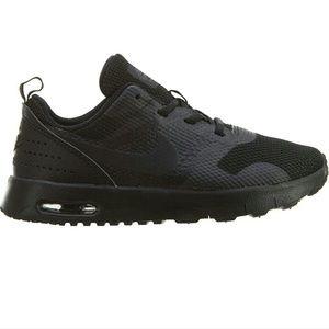 ✨Black Nike Size 13c✨